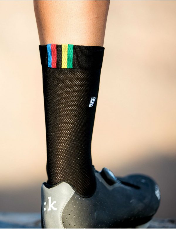 rainbow-black-socks3